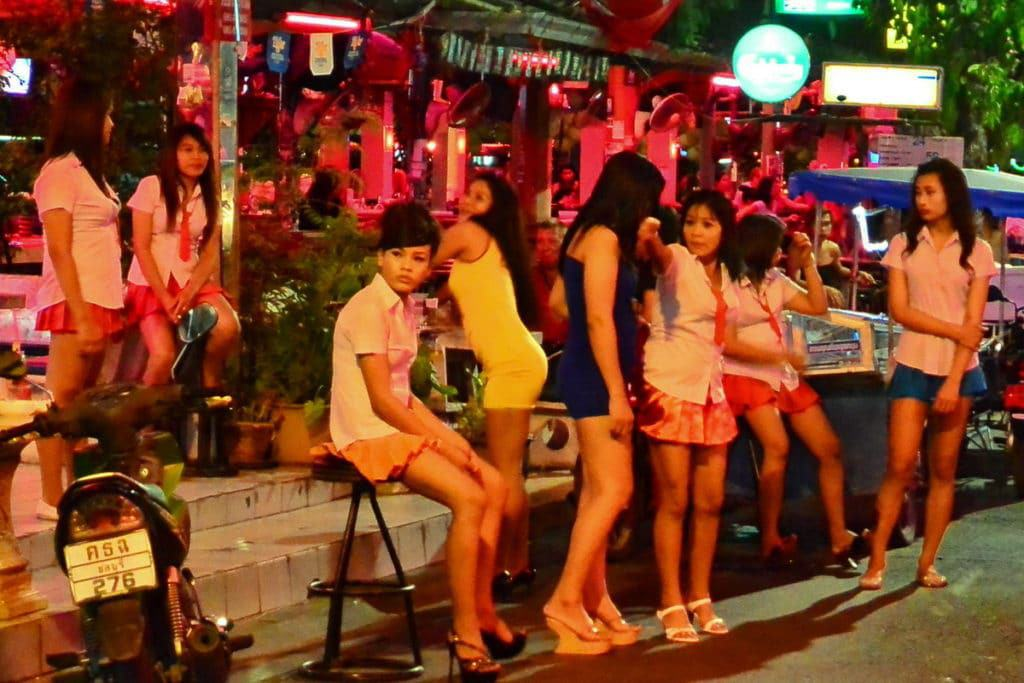 Bargirls in Pattaya offering their services