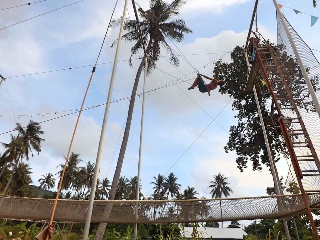 fly-trapeze-Koh-Tao-Thailand-Travel-Mermid