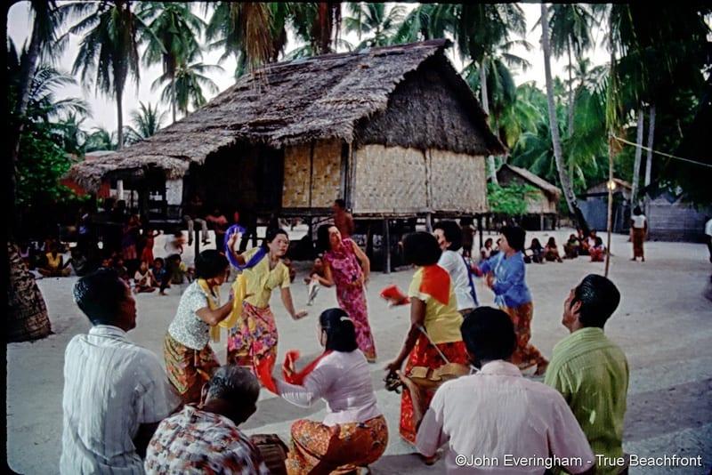 Urak-Lawoi-1980s-Koh-Lipe-Thailand-1-Travel-Mermaid