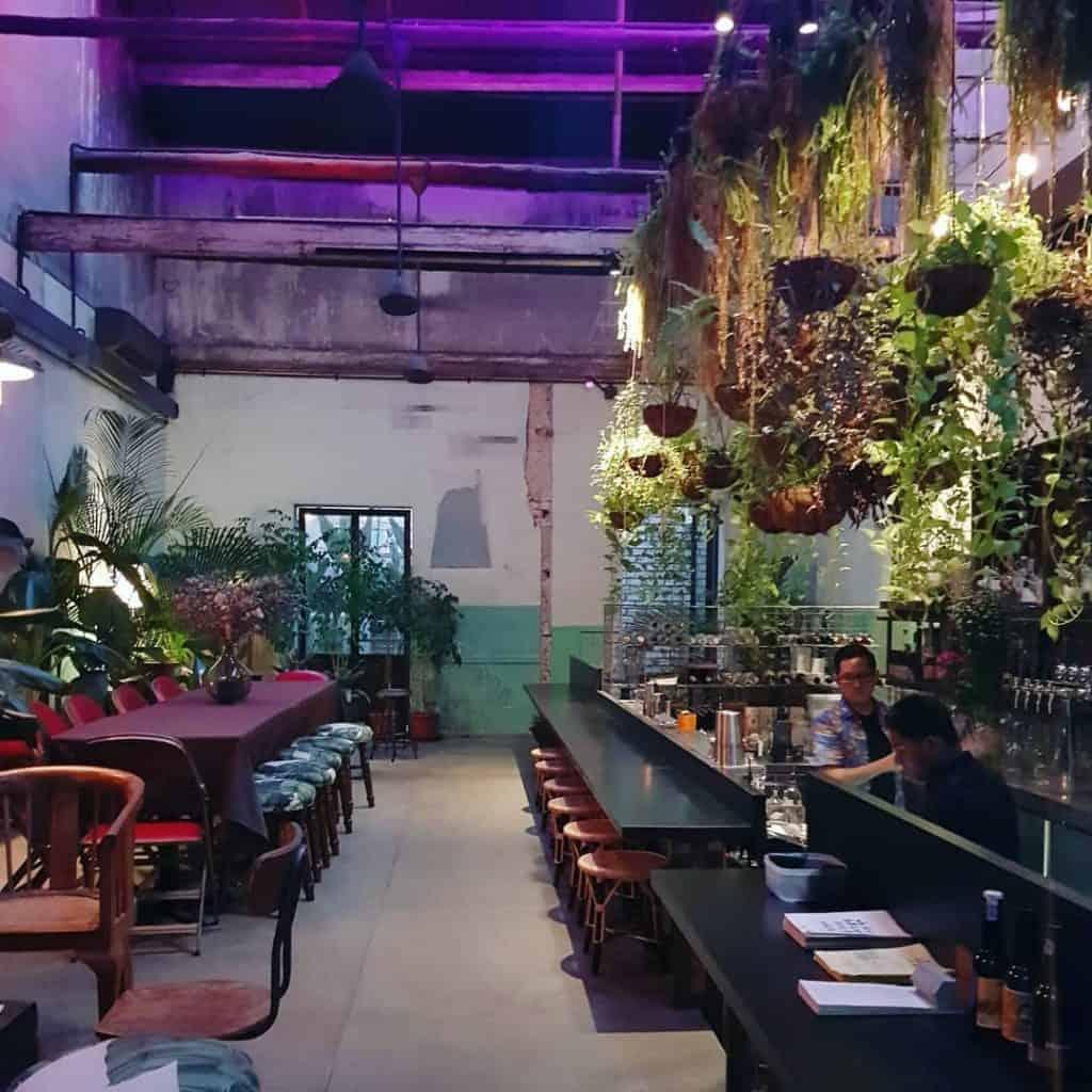 Botak-Liqour-bar-Chinatown-Kuala-Lumpur-Travel-Mermaid
