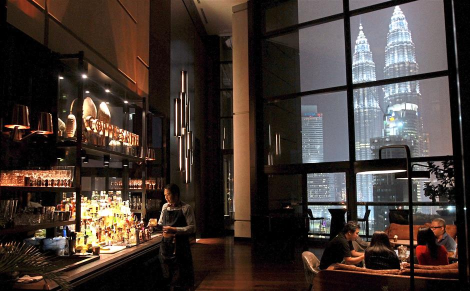 Coppersmith-bar-Kuala-Lumpur-Malaysia-Travel-Mermaid-01