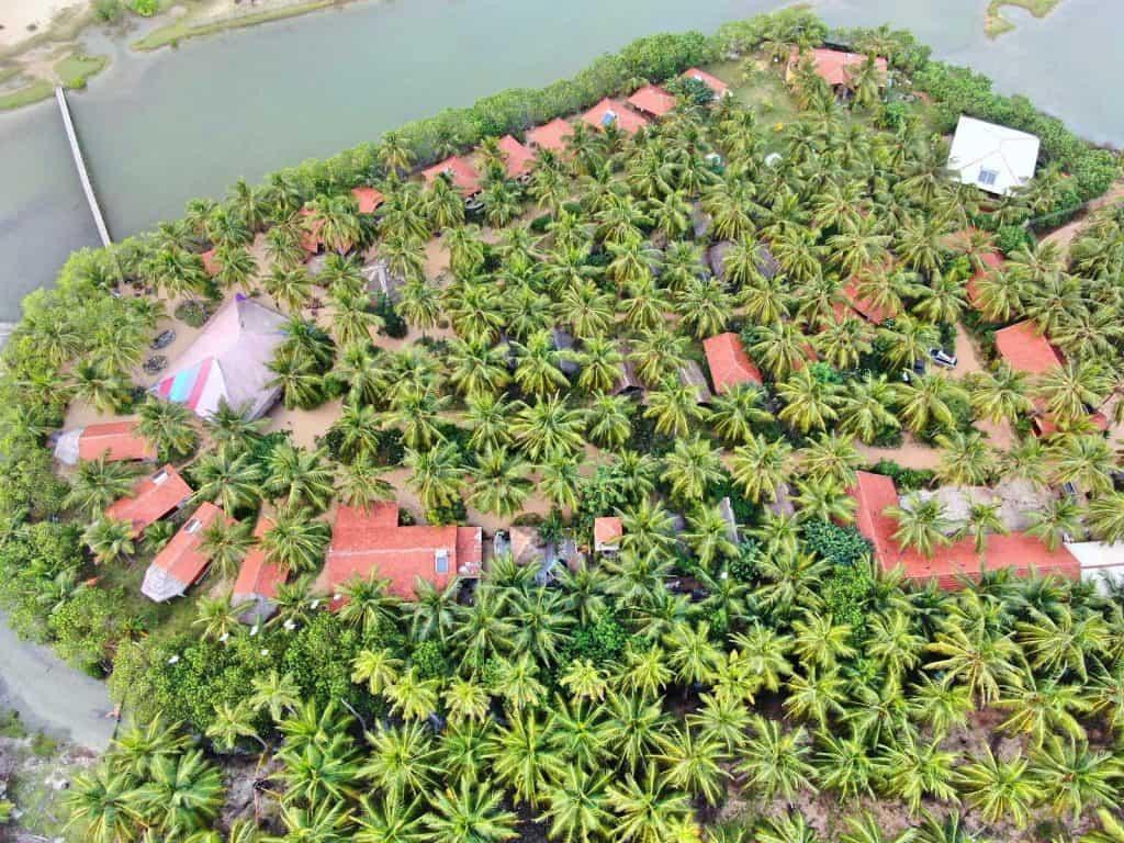Kitesurfing-Lanka-Resort-Kalpitiya-Sri-Lanka-Travel-Mermaid