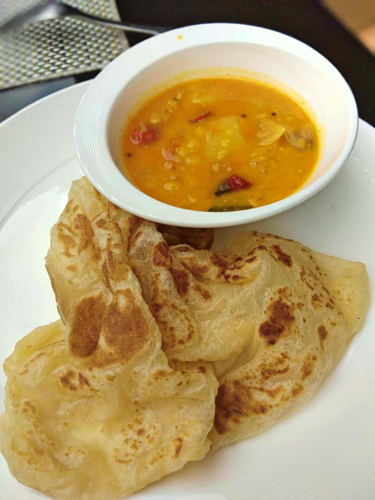 roti-canai-Malaysian-food-Kuala-Lumpur-Travel-Mermaid-01