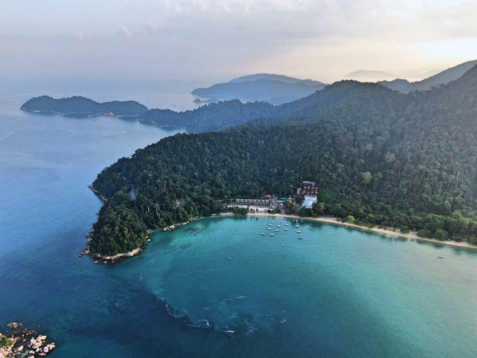 short-island-getaway from-kuala-lumpur-Pangkor-Laut-Resort-island-Malaysia-Travel-Mermaid