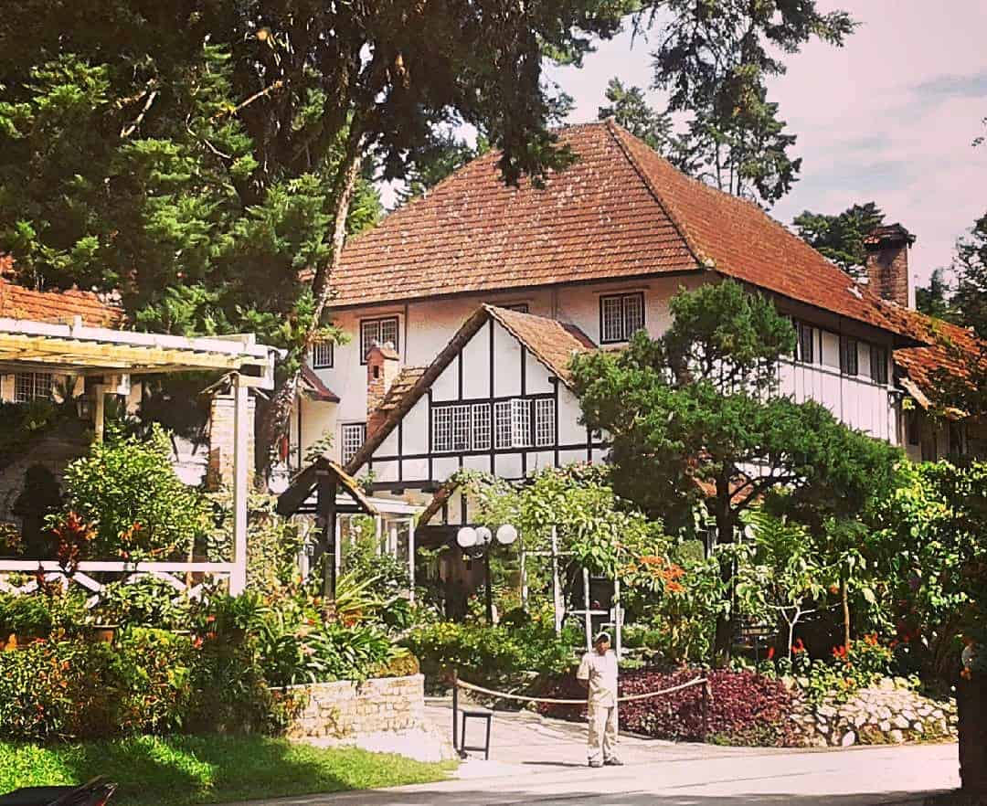 Ye-Old-Smokehouse-pub-Cameron-Highlands-Malaysia-1 ] Travel Mermaid