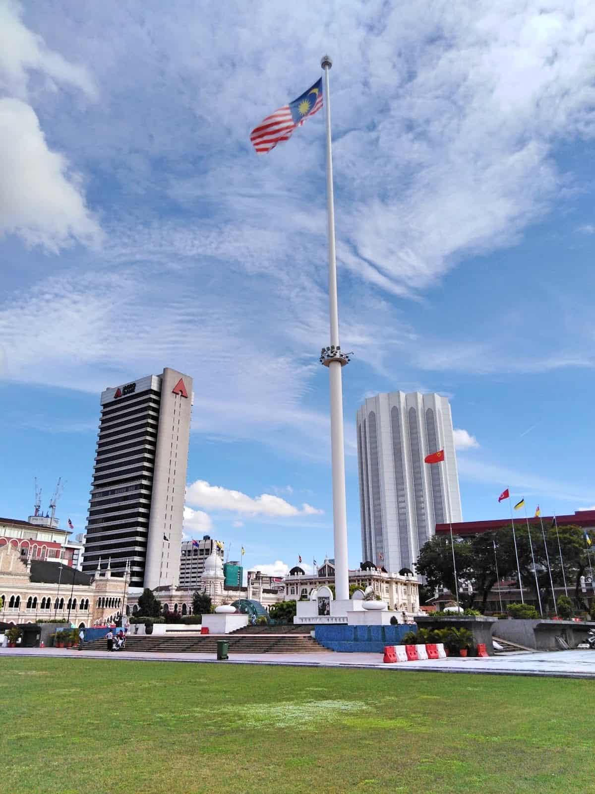 Independence-Flag-Merdeka-Square-Kuala-Lumpur ] Travel Mermaid