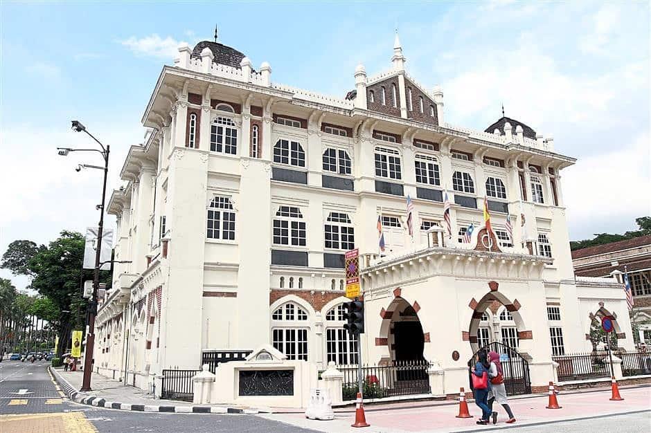 Old-Chartered-Bank-Merdeka-Square-Kuala-Lumpur ] Travel Mermaid