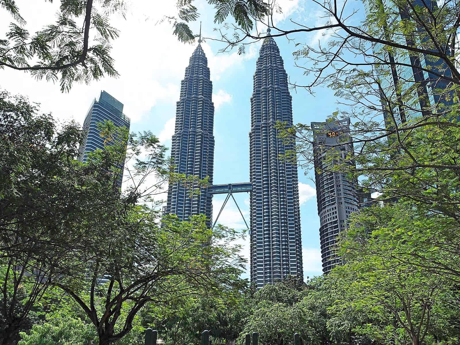 Petronas-Towers-KLCC-Kuala Lumpur-Malaysia-Travel-Mermaid-08