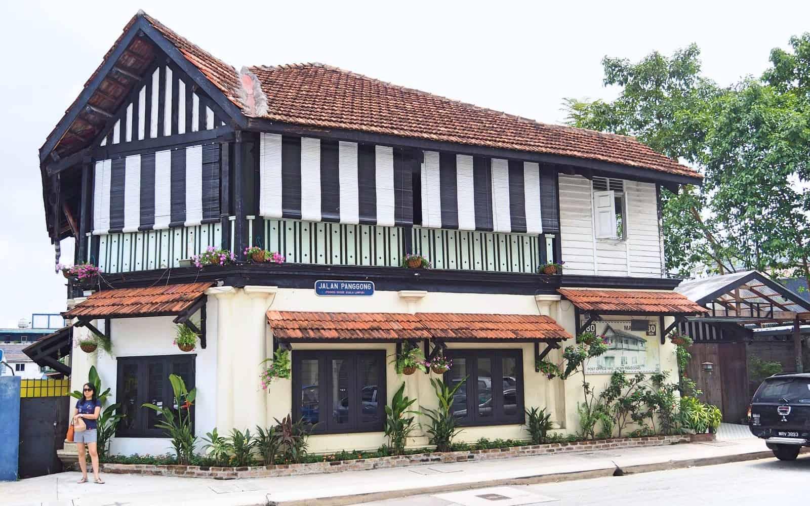 old-post-office-station-kopitiam-Chinatown-Heritage Trail-Kuala Lumpur-Malaysia-Travel-Mermaid-102